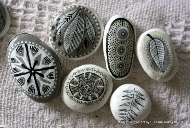 painted stones and clay by manysparrows art (10)